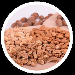 Eine reinhaltige Auswahl Körner, Nüsse und Samen