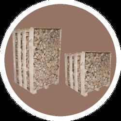 Brennholz auf Palette - trockenund ofenfertig